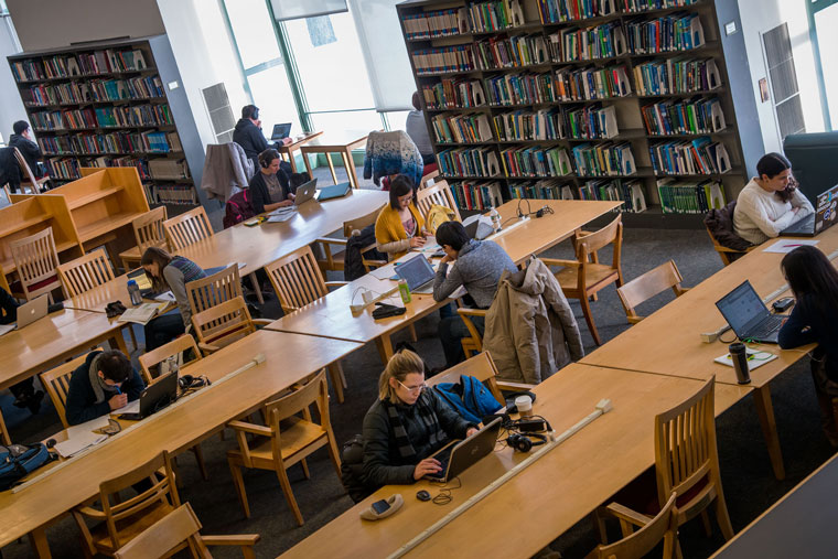 "MIT task force releases preliminary ""Future of Libraries"" report"