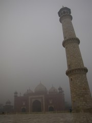 Agra053_TajMahal_FirstGate