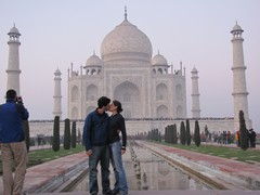 Agra102_TajMahal_Closer
