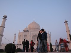 Agra107_TajMahal_Closer
