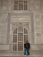 Agra182_TajMahal_Balcony