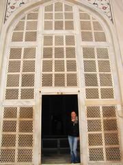 Agra187_TajMahal_Balcony