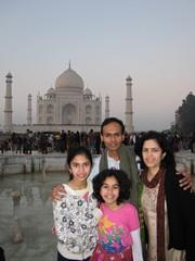 Agra265_TajMahal_Portraits
