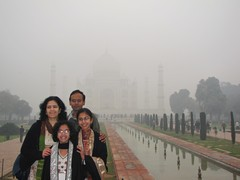Agra288_TajMahal_Mist