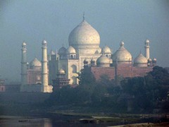 Agra677_AgraFort_TajMahalView
