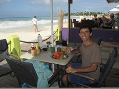 Honeymoon RomanticOutings - DiviDutchBreakfast - Dec'10