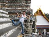 Bangkok367_WatArun_Courtyard