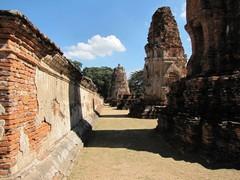 Ayutthaya306_WatMahathat_Court