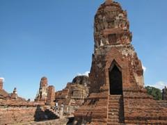 Ayutthaya312_WatMahathat_Court