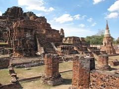 Ayutthaya345_WatMahathat_CentralCourt