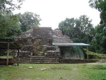 Lamanai_Temples09