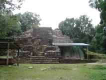 Lamanai_Temples09