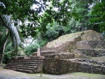 Lamanai_Temples44