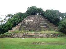 Lamanai_Temples52