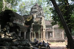 Cambodia1531_TaPhrom_Entrance