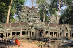 Cambodia1542_TaPhrom_Entrance