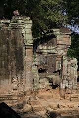Cambodia1802_TaPhrom_LastCourt