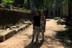 Cambodia1844_TaPhrom_BackAround