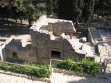 Crete0417_Knossos_Entrance