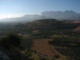 Crete0948_FaistosView_Mountains