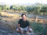 Crete0972_Faistos_LittleHillAcross