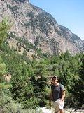 Crete1533_Samaria_ClimbingDown