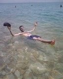 DeadSea084_Floating