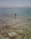 DeadSea091_Floating