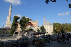 Turkey0011_Istanbul_HagiaSophiaOutside