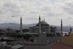 Turkey0013_Istanbul_HagiaSophiaOutside