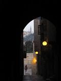 Jerusalem079_ThroughTown