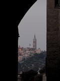 Jerusalem080_ThroughTown