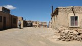 Acoma076_OnTheVillage
