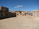 Acoma084_OnTheVillage
