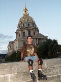 Le dome dore des Invalides (where Napoleon's tomb resides)