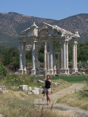 Turkey3598_Aphrodisias_Tetrapylon