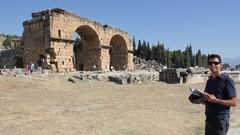 Turkey3736_Hierapolis_ArchOfDomitian
