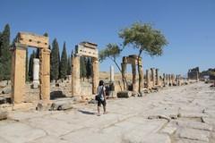 Turkey3751_Hierapolis_Nymphaeum