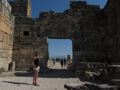 Turkey3760_Hierapolis_Nymphaeum
