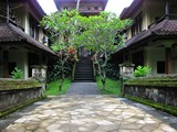 Ubud0577_Pertiwi_BelowPool