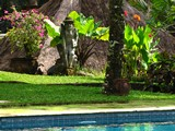 Ubud0616_Pertiwi_AroundPool