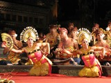 Ubud0819_ArjunaPara_Chorus