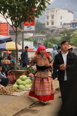 Vietnam0172_BacHa_Streets