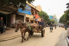 Vietnam0185_BacHa_Streets