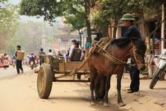 Vietnam0260_BacHa_MainStreet