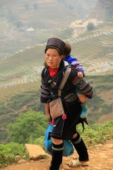 Vietnam2554_LaoChai_People