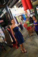 Vietnam3922_HoiAn_ShoppingSpree