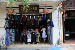Vietnam3928_HoiAn_ShoppingSpree