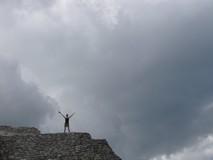 Y1721_Mayapan_OnPyramid