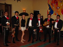 Y7816_SandosPlayacar_MariachiNight